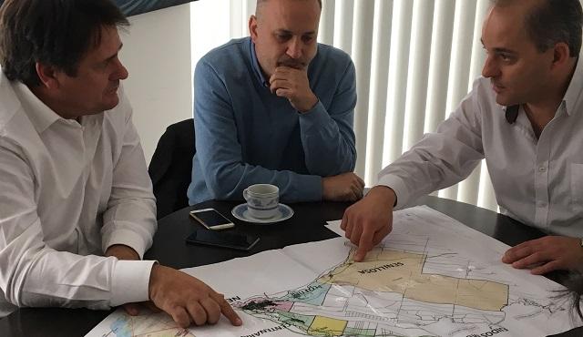 Gaido & Baggio quieren hacer viviendas en Mari Menuco