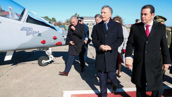 Insólita crisis institucional en Guatemala por la compra de los aviones Pampa III a la Argentina