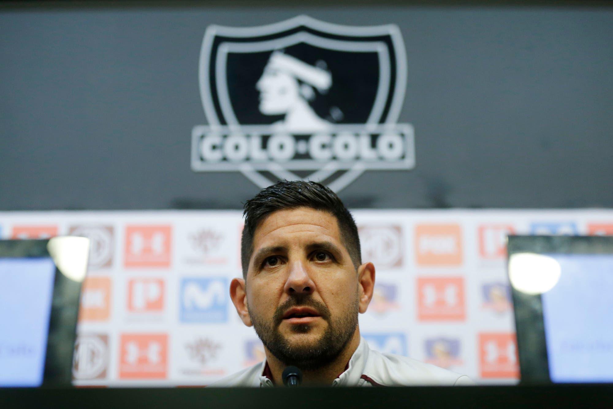 Agustín Orion se quebró en su despedida de Colo Colo y tuvo un picante cruce con un periodista chileno