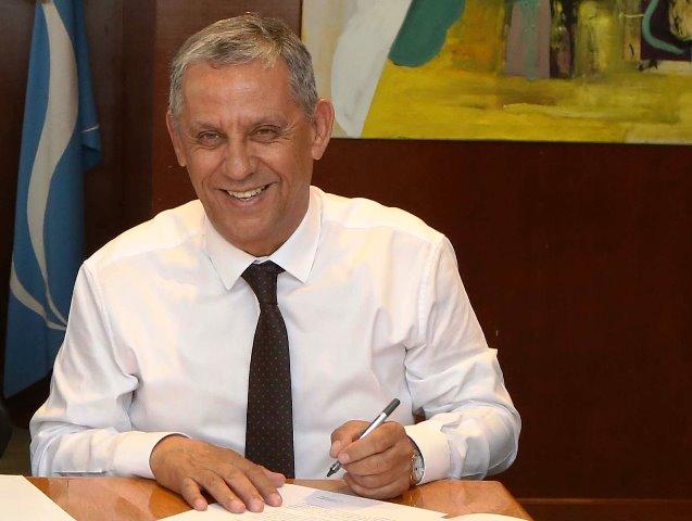 Quiroga rescindió el contrato a un delegado y fue avalado por la Justicia