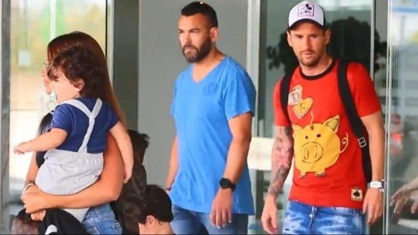 Messi terminó sus vacaciones y ya está en Barcelona