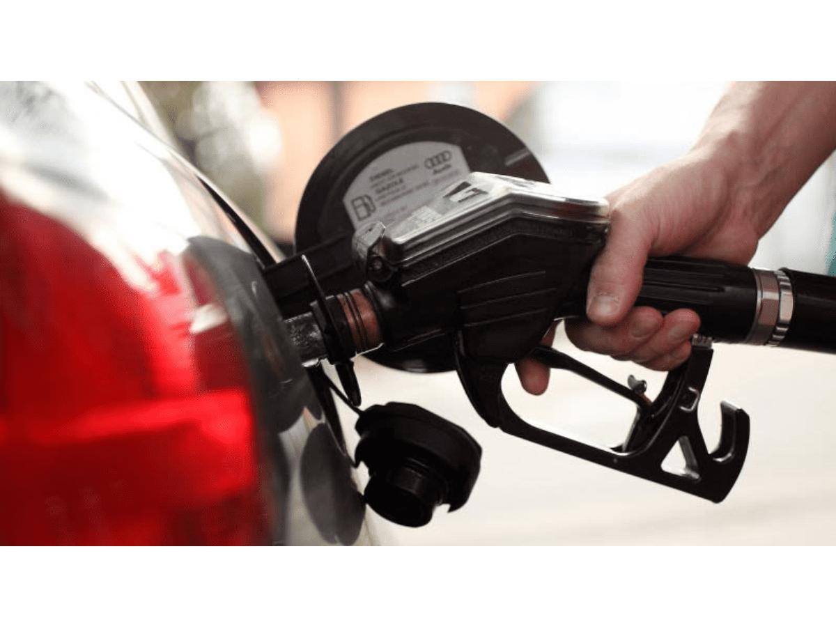 El Gobierno flexibilizará el congelamiento de precios de naftas a nivel mayorista