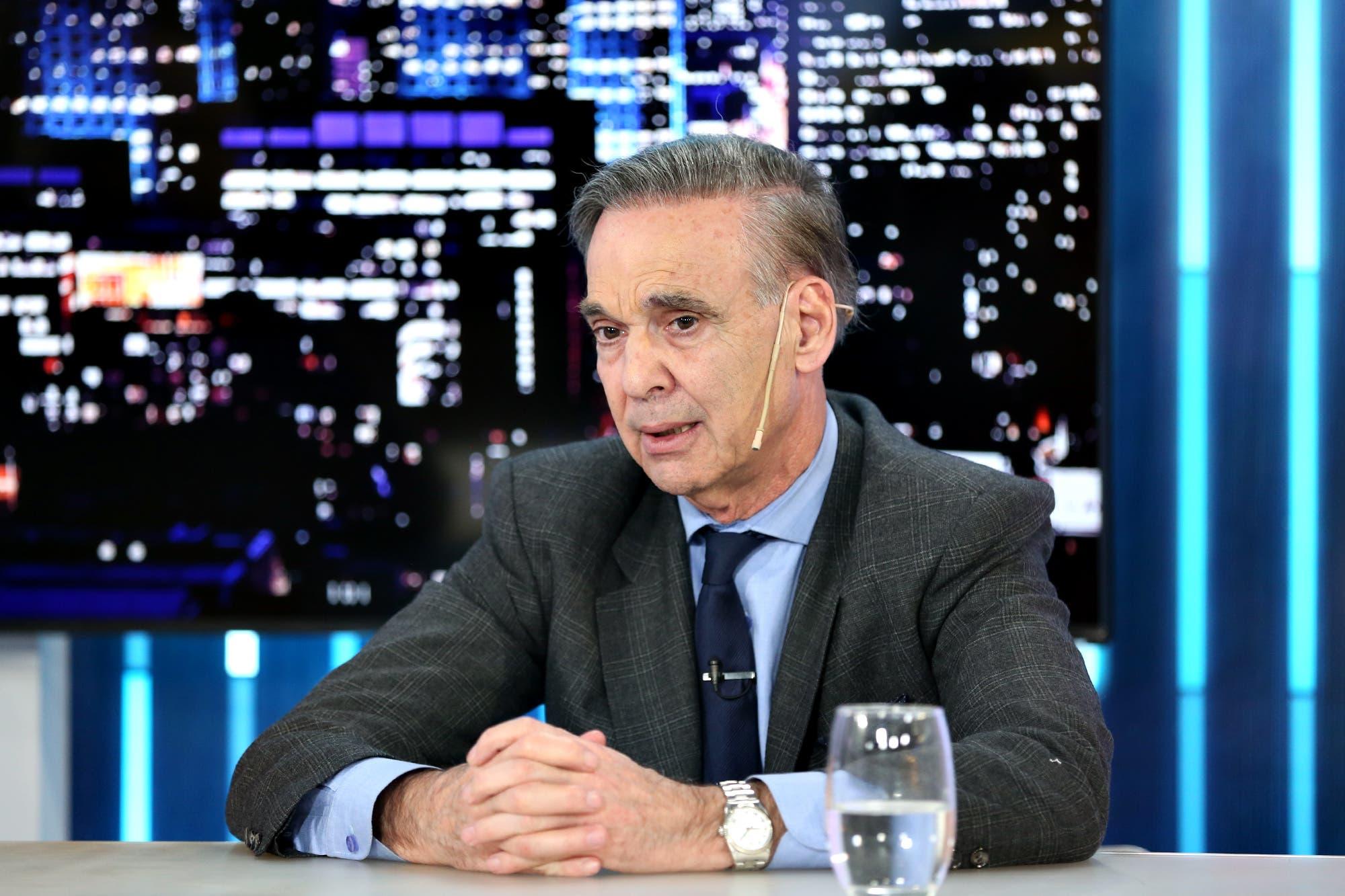 """Miguel Ángel Pichetto: """"Es un momento difícil, pero el Presidente ha tomado medidas necesarias"""""""