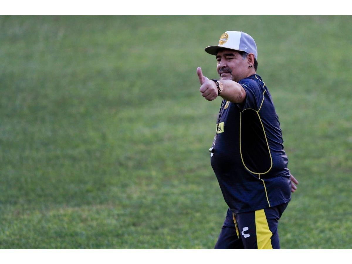 Maradonarechazó la posibilidad de dirigir a Gimnasia de La Plata