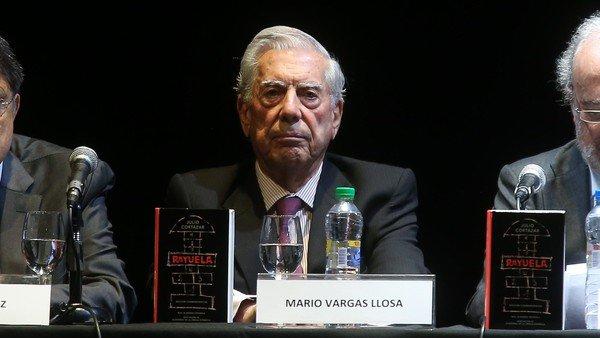 """Mario Vargas Llosa advirtió que """"Argentina podría imitar la barbarie de Venezuela"""" si gana Alberto Fernández"""