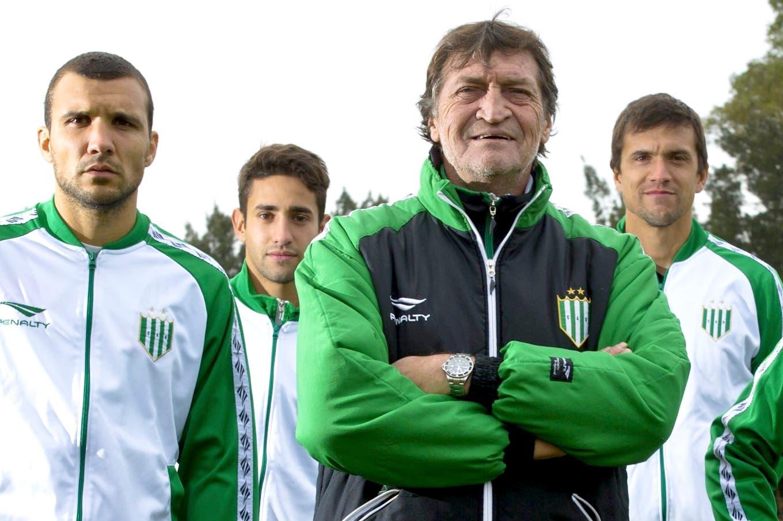 Superliga: Julio César Falcioni regresa para su cuarto ciclo como DT de Banfield