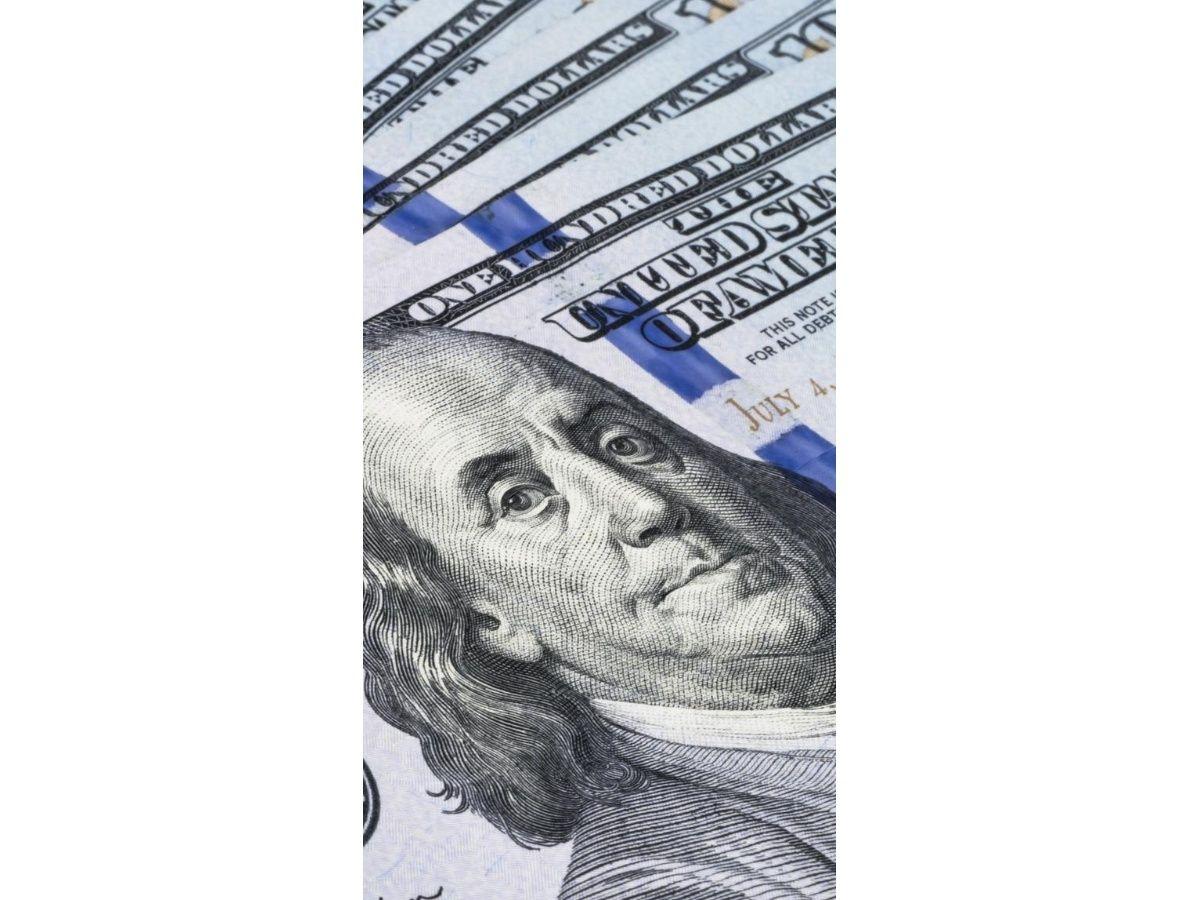 Con cepo no alcanza: otra vez el Central vendió reservas para contener el dólar