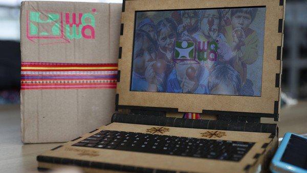 Wawalaptop, la computadora de madera que puede durar hasta 15 años