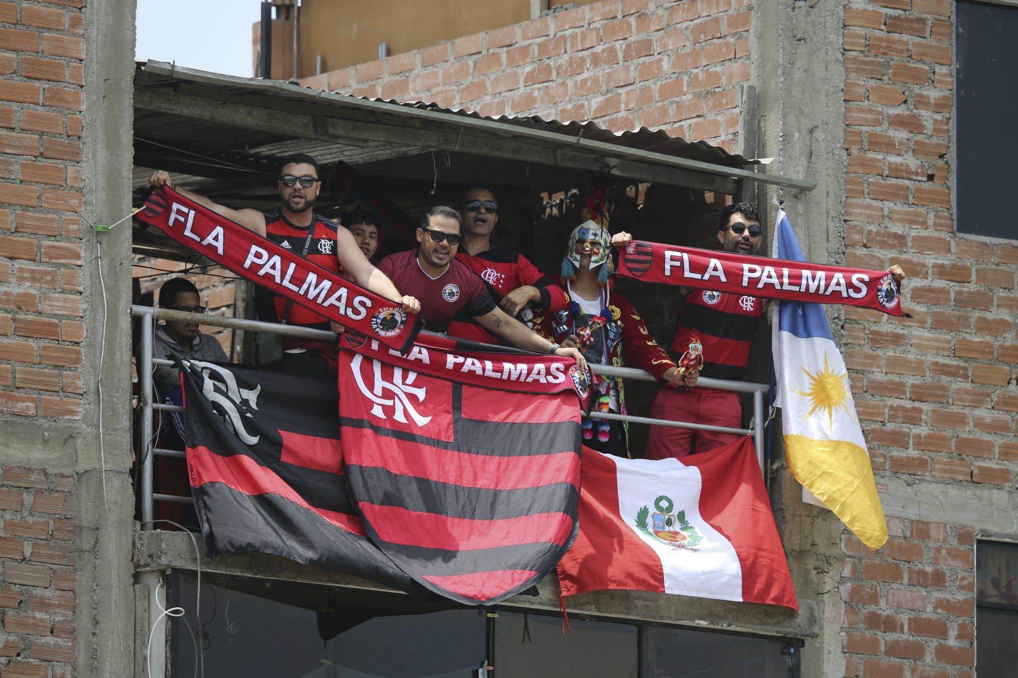 River-Flamengo: por ahora existe buena onda entre hinchas rivales, pero habrá 10.000 efectivos de seguridad