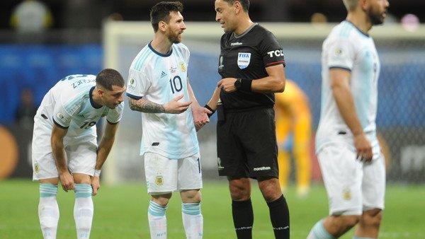 Un chileno y un peruano dirigirán a la Selección Nacional en el inicio de las Eliminatorias Sudamericanas
