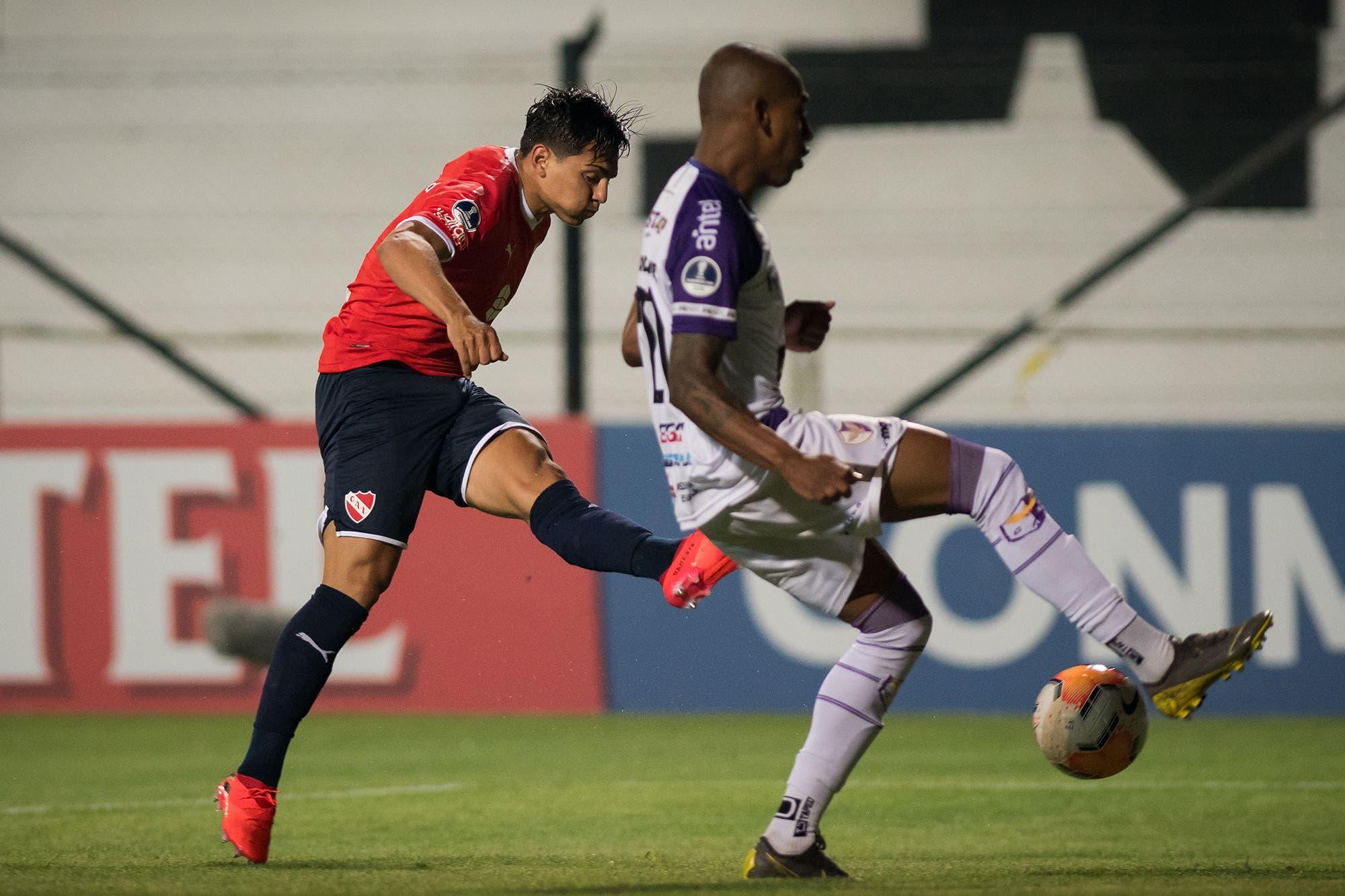Fénix-Independiente: el Rojo busca un buen resultado en Uruguay para quedar bien parado en el partido de vuelta