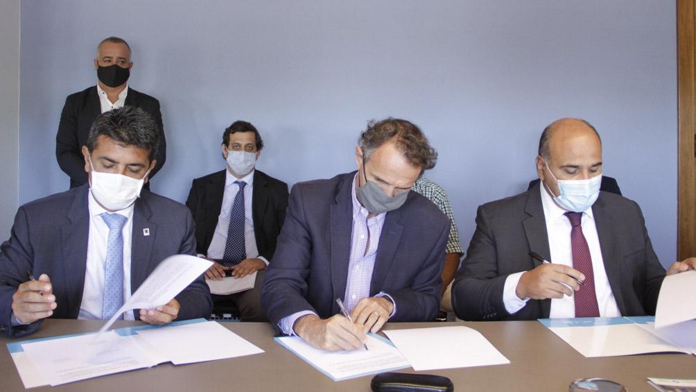 Proyectan construir una ruta alternativa a los Valles Calchaquíes que beneficiará a tres provincias