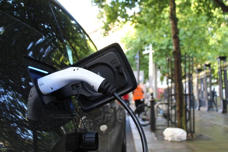 autos-hibridos-o-electricos:-una-tendencia-que-crece-en-argentina