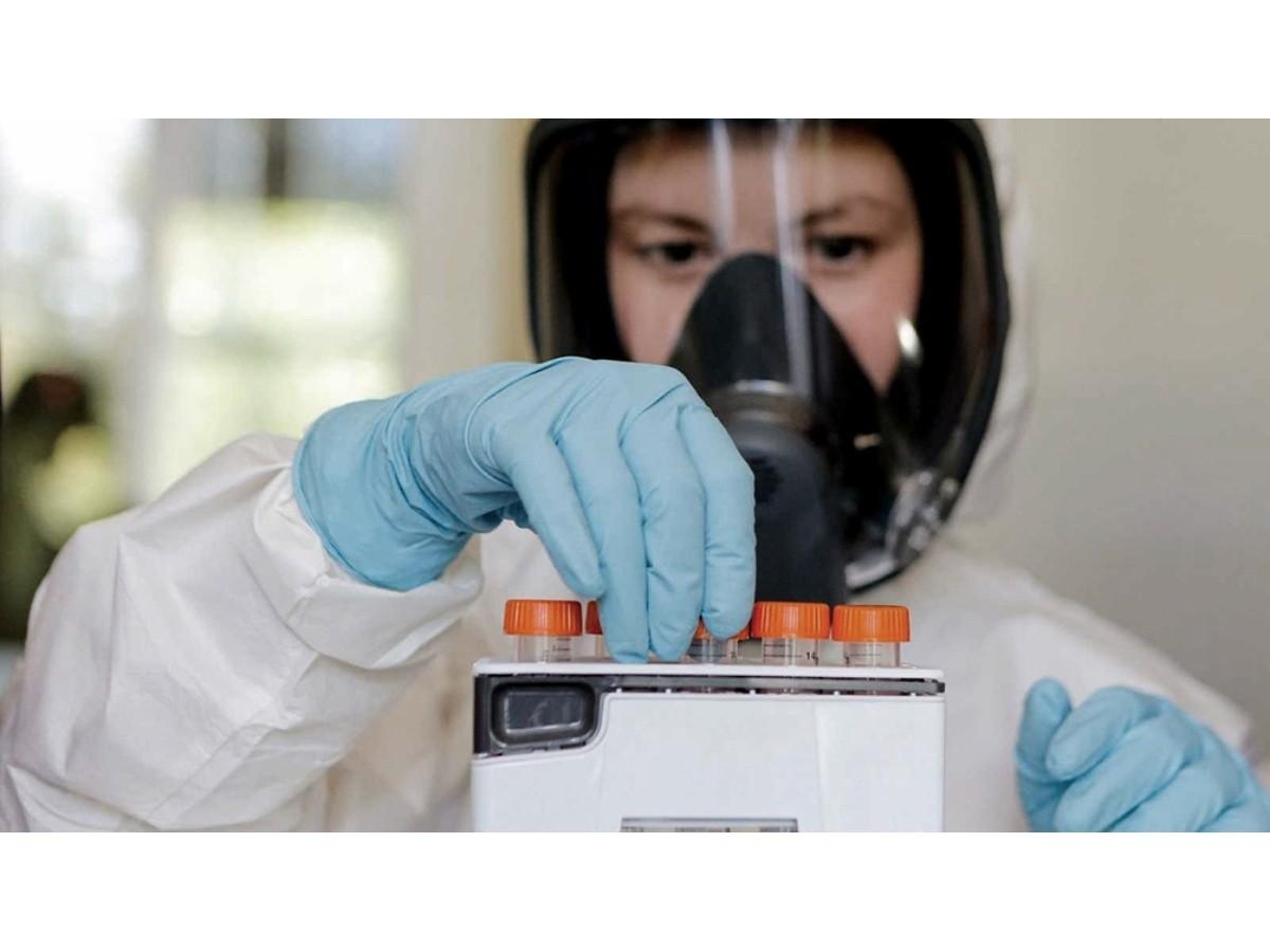 funcionarios-sanitarios-de-el-salvador-vacunan-a-mas-de-46.000-personas-en-un-dia