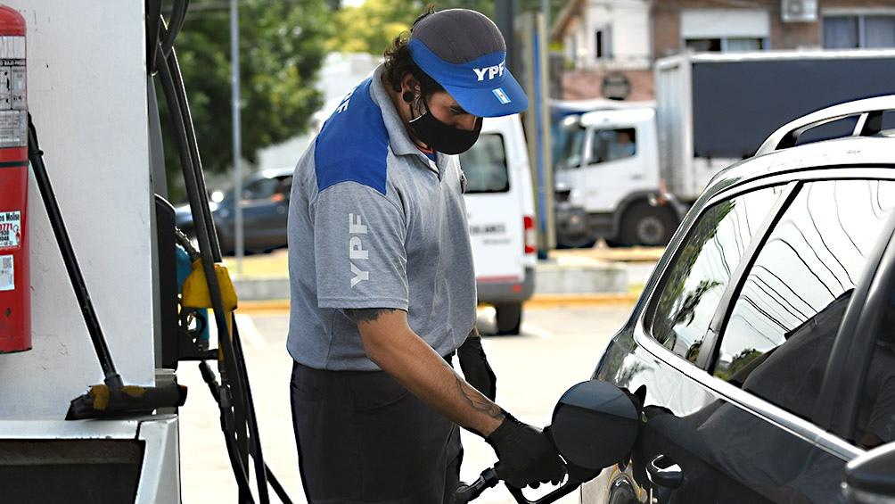 los-combustibles-suben-un-6%-y-seria-el-penultimo-ajuste-del-ano