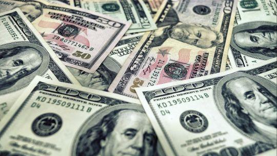 dolar:-el-paralelo-volvio-a-subir-y-perforo-el-techo-de-2021