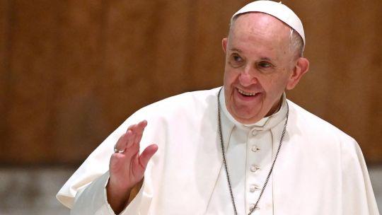 el-papa-francisco-habla-en-el-iv-encuentro-mundial-de-movimientos-populares