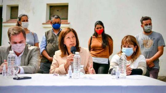 """arabela-carreras:-""""las-autoridades-del-inai-instigan-y-sostienen-a-los-grupos-violentos"""""""